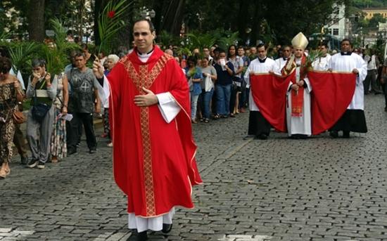 Páscoa: celebrações seguem até domingo